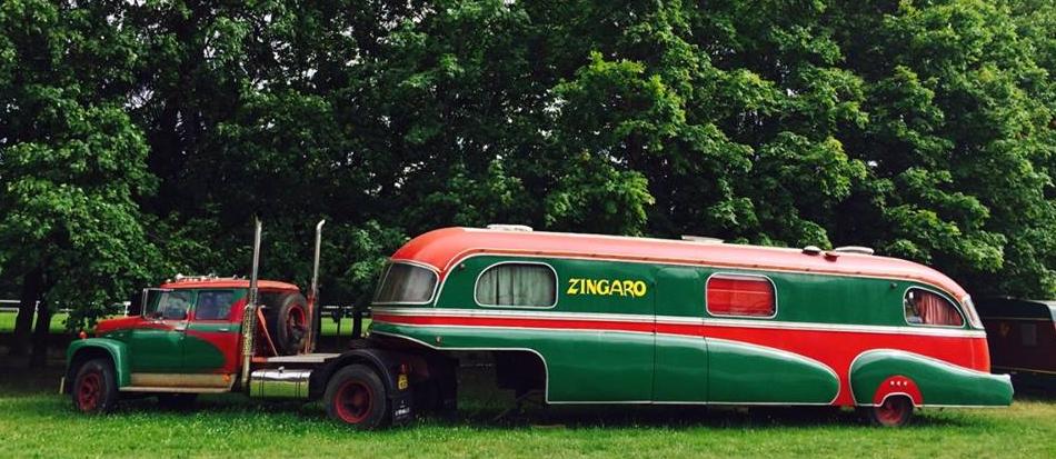 La caravane de bartabas for Salon de la caravane
